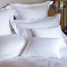 Egyptian cotton bed linen, woven in Italy